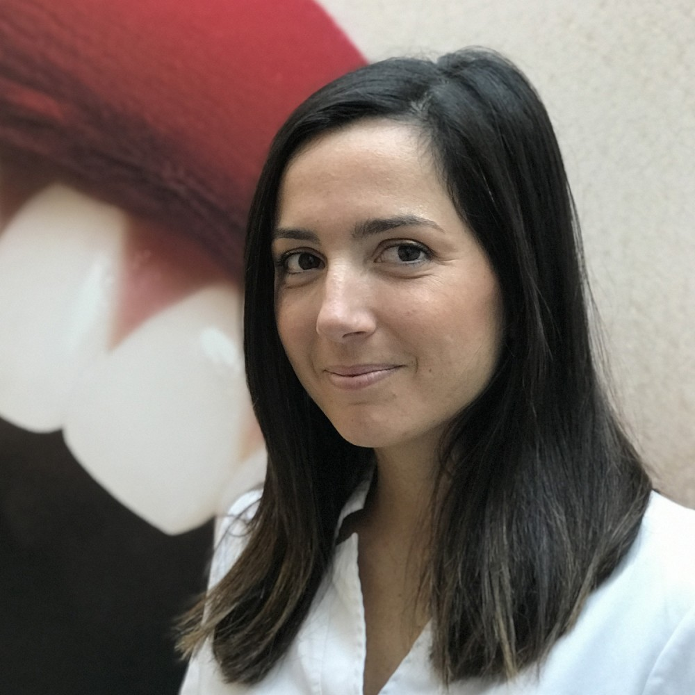 Dr Claire Gatineaud<br>Chirurgien dentiste